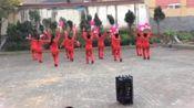 江西省新余市电工厂社区健身队阳光365小区表演