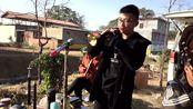河南许昌市,民间小伙精彩的唢呐独奏,岁数不大吹得很有功夫!