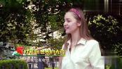 中国结的英语怎么说?包贝尔自创语法,逗笑外国美女