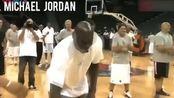 68岁的J博士和55岁的乔丹还能不能扣篮,看完这个视频,你就知道了
