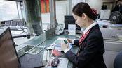 为什么银行员工,会主动帮你办理手机银行?内行人告诉你答案