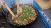 这是啥地方特色小吃,别误以为是广东肠粉.
