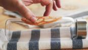 [食不相瞞#10]香酥薄脆的法式杏仁瓦片,瓦片餅乾食譜與作法(法式杏仁瓦片餅乾_Tuiles aux amandes recipe)