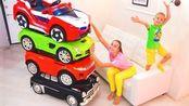 尼基兄弟:妈妈和弗拉德收集了一大堆的汽车