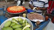印度大叔街边卖特色小吃,5元一份狂秀刀功,食客:新东方毕业的?