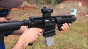 22lr小口径步枪靶场射击测试,后坐力小枪托还可以折叠