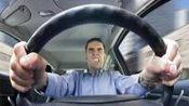 这几种不带脑子的驾驶行为, 老司机表示分分钟想打人!