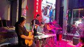 福建龙岩摇滚在红吧 当地音乐人薛承勇原创音乐感动牛逼 巡演路上的故事