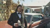 莫里森重现《好莱坞往事》争议片段 模仿布拉德-皮特重摔山寨李小龙