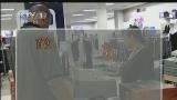 """[视频]美国:信用卡有""""法案"""" 银行告知成义务"""