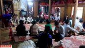 越南人结婚,新郎新娘两家都要互换彩礼,看看都准备了些什么东西