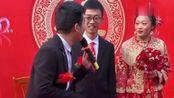 新郎新娘都是本科生,司仪利用这点做了一个梗,网友:研究生!