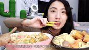 虫虫小姐姐吃张亮和杨国福麻辣烫,到底哪个好吃,你们说了算!