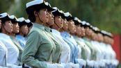 女兵训练时来例假疼痛难忍,该怎么解决?这种做法让人心疼