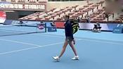 比赛集锦:中网首轮:科维托娃VS克·普