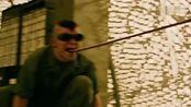 X战警:逆转未来:魔形女在军队大开杀戒,原来他们也是变种人