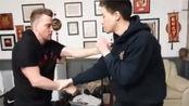 李小龙截拳道/ifo截拳道学院演示近身连锁反应训练