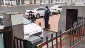 广州第三号防疫通告:全市小区实施封闭管理 抵穗当天必须报告