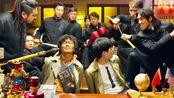 唐人街探案2:秦风被抓,黑衣人爆笑拷问,看一次笑一次!