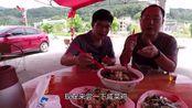 广东汕尾陆河县咸菜鸡,当地最有名的一道菜,做法简单味道却不一般