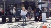 美国小美女 Karolina Protsenko 街头表演 碧梨&Khalid《lovely》