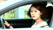 妻子去办理离婚,怎料在民政局门口看见丈夫这一幕,立马不离了!