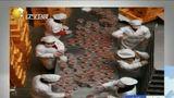 [说天下]腊八前夕探秘灵隐寺:50吨食材熬30万余份粥