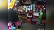 鄂州城管强抢商户商品并制止营业,官方回应:已批评教育