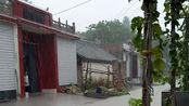 河南省焦作市山阳区阳庙镇南西尚村5队下雨天的街道