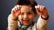 4岁宝宝学校体检检查出严重高度散光,双眼将会永久失明!