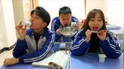 短剧:酸奶考试中,学渣因为没舔酸奶盖考了0分!真逗!