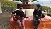李健吴秀波在湖边弹唱《贝加尔湖畔》