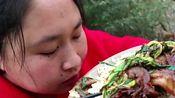 嘴馋自制回锅肉拌饭吃,酱香浓郁,胖妹连炖3斤真是下血本了啊