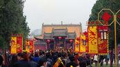 """全国""""香火第一""""寺庙,消防车随时待命,一年得赚多少钱?"""