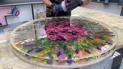 帮朋友用假花制作一张桌子,看到成品后,朋友:工钱翻倍!