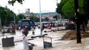 2011湖北省通城县城水灾一角实拍