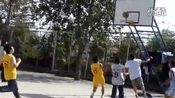 山东农业大学2011级文法学院篮球比赛行管对法学合并