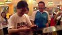 【乐器求职www.mijob.com.cn】[拍客]崔永元花一万四请暴雨救人农民工吃饭